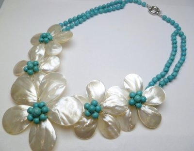 5 White MOP Flower with Turquoise Necklace