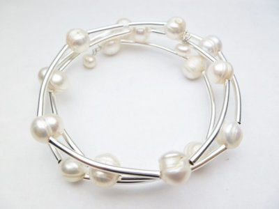 8mm 3 Strand White Fresh Water Pearl Wire Bracelet