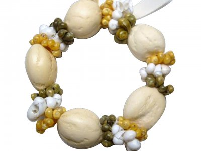 Natural White Kukui Nut with Tri-Color Mongo Shells Bracelet