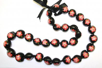 Handpainted Red Hibiscus Flower in 32 Black Kukui Nut Lei