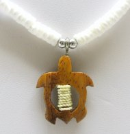 "Natural Wood Turtle w/ 18"" Litob Clam Shell Necklace"