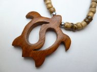 "Wood Turtle w/ 18"" Coconut Beads Necklace"