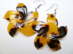 Faux Turtle Shell Flower Earring