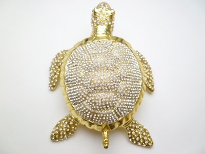 "5"" White Crystal, Yellow Turtle jewelry"