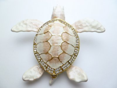 "4"" White Crystal Turtle Jewelry Box"