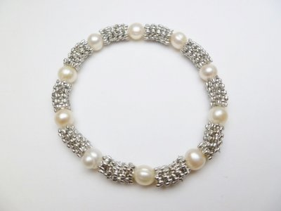 7 mm White Potato Pearl with Metal Spacer Bracelet