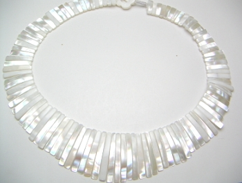 Natural WhIte Mother Of Pearl Sun Shaped Necklace